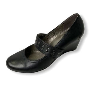 ROBERTO VIANNI Black Leather Mary Jane Pumps Size 9